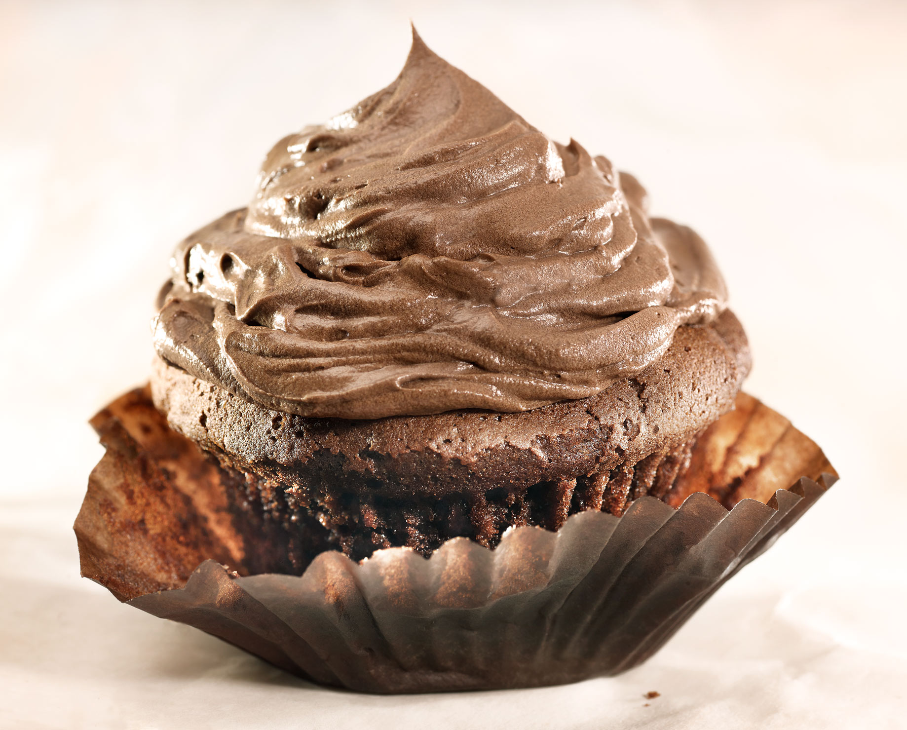 Chocolate-Cupcake-with-Frosting.jpg